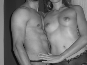 Geiles Paar aus Zürich auf der Suche nach Sex mit Frauen